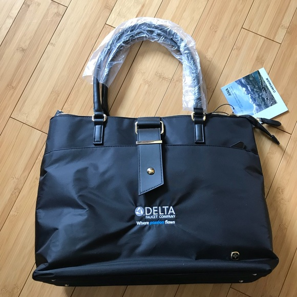 b42030d1f Wenger Bags | Ana Laptop Tote With 156 Laptop Pocket | Poshmark